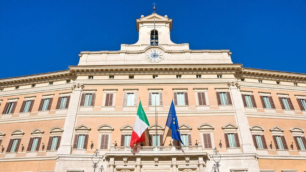 Italie - Une semaine de consultations qui rebat les cartes