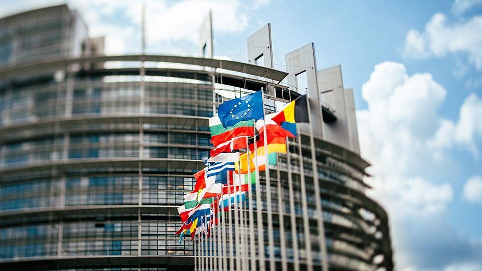 Zone euro – Consommation et investissement des ménages en hausse au T2, les entreprises commencent à se désendetter